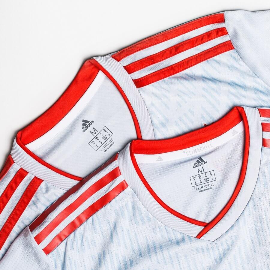 Adidas Fußballtrikot